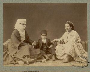 Famille turque, Pascal Sébah, gallica.fr