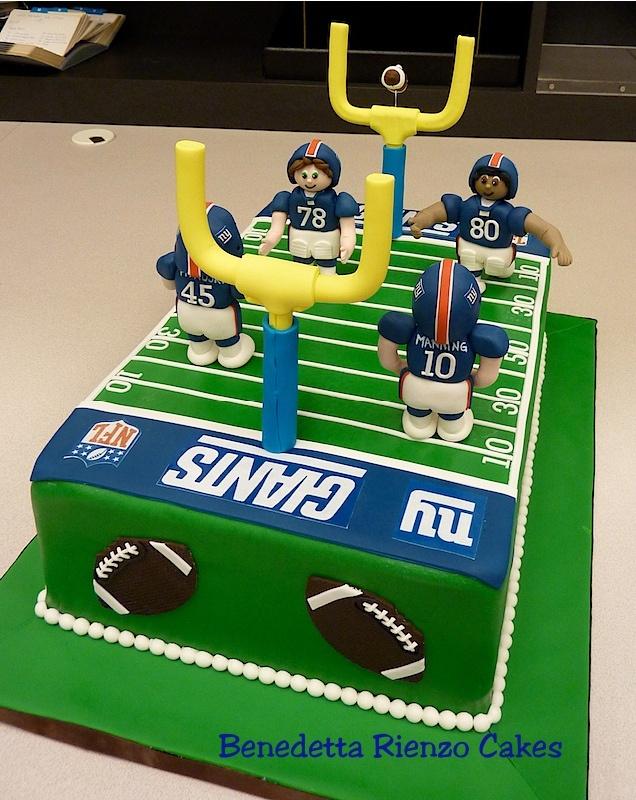 Ny Giants Football Field Cake By Benedetta Rienzo Cakes