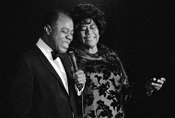 Ella Fitzgerald and Louis Armstrong - Summertime   ♡♡♡  ... comme c'est beau