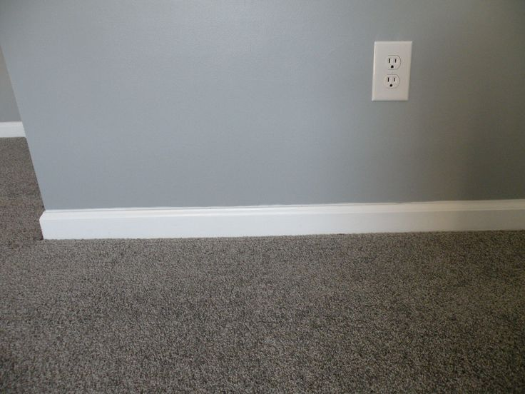 Gray Walls Gray Carpet With White Trim Paint Colors