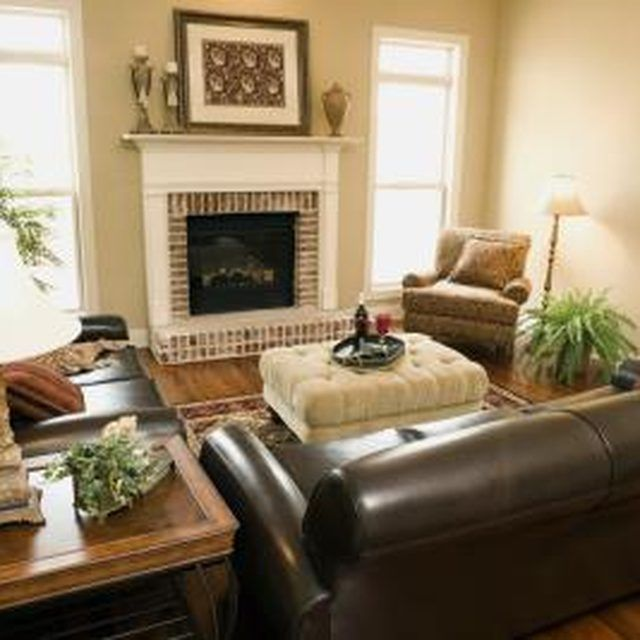 17 best ideas about brown leather furniture on pinterest leather living room furniture brown. Black Bedroom Furniture Sets. Home Design Ideas