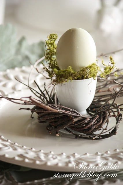 Easter place setting decor