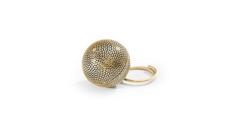 Liliana Guerreiro | Colecções - gold handmade ring, using a filigree technique, mesh