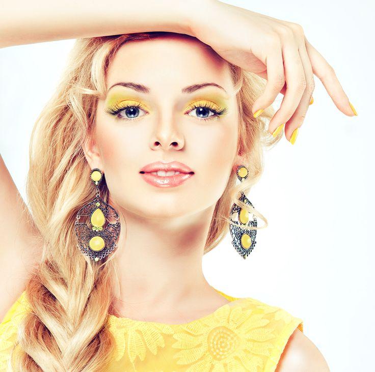26-28 июня: Красота по Луне: Луна во Льве. Рецепты  Луна во Льве благоприятна для стрижки волос - волосы будут сильным, пышными и хорошо расти. В арабских странах первую стрижку ребенка делают именно в дни Луны во Льве. Также хорошо красить волосы в эти дни - цвет будет ярким, насыщенным и долго продержиться. Химическая завивка, сделанная в эти дни сделает волосы особенно пушистыми и кудрявыми.  В эти дни также полезны для внешности минеральные ванны, хорошо также делать горячие маски. Это…