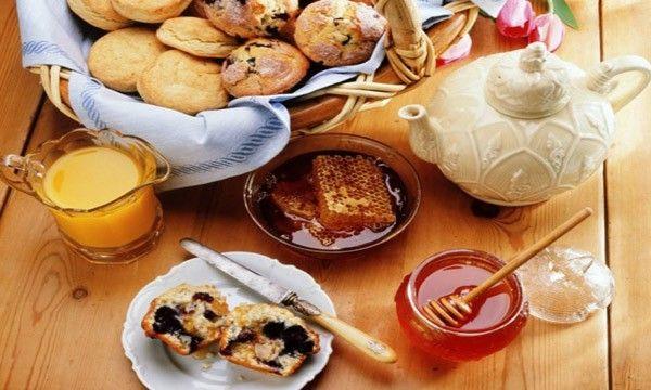 Petit Dejeuner 'a Pension Dafni/Πανσιόν Δάφνη! Bon Apetit!! Breakfast is on!