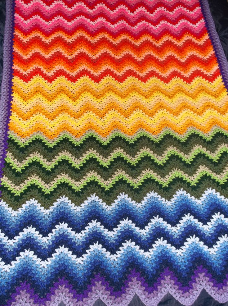 Knitting Pattern For Rippling Waves Afghan : 25+ best ideas about Ripple Crochet Patterns on Pinterest Crochet wave patt...