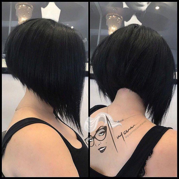 Extrem kurze abgewinkelte Bob-Frisur auf dicken schwarzen Haaren #angledbobhairstyles