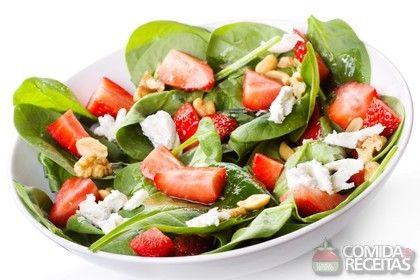 Receita de Salada tropical com molho - Comida e Receitas