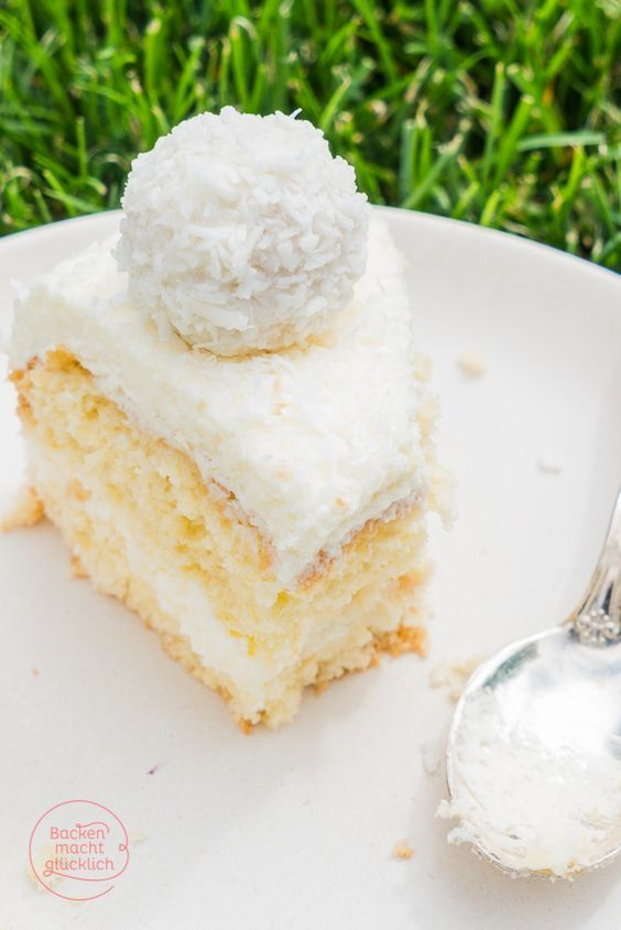 Die Füllung auf Tarteletts?? Backen macht glücklich   Einfache Raffaello-Torte ohne Gelatine   http://www.backenmachtgluecklich.de