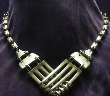 Love this fork necklace, very unique.