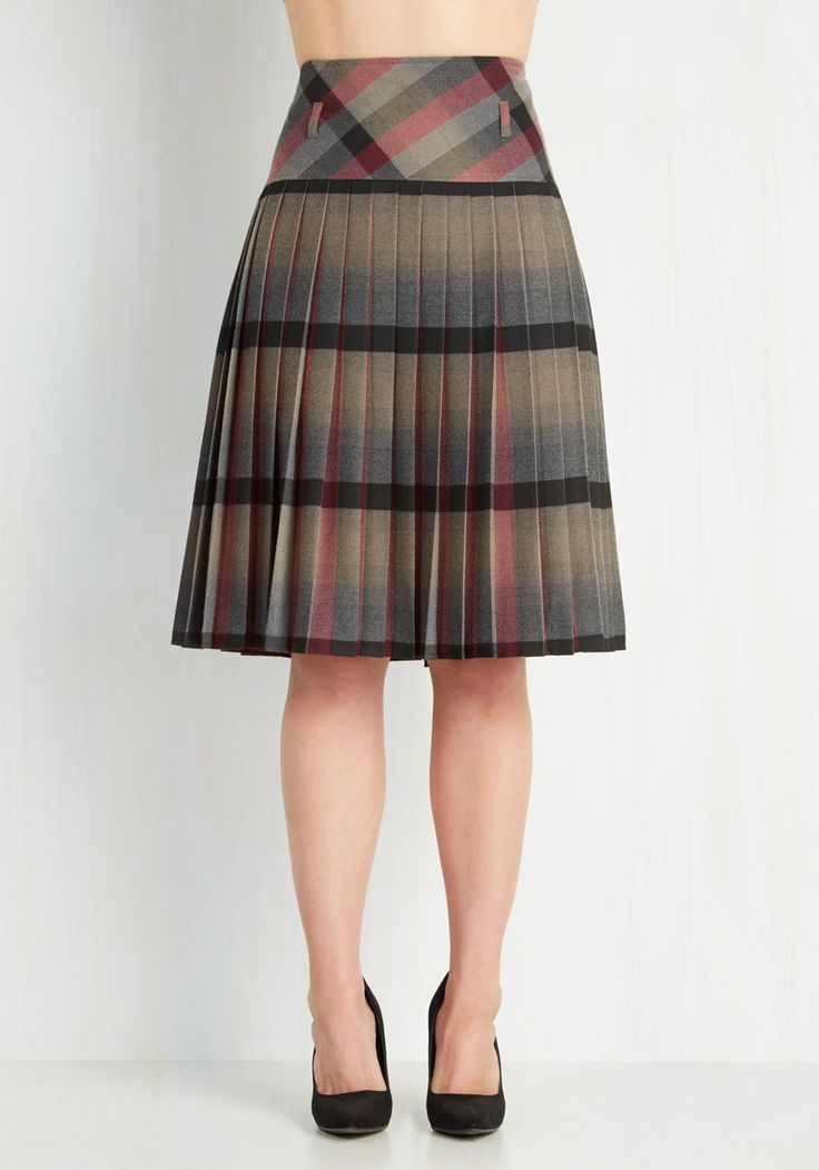 Scholarly Statement Skirt, #ModCloth  Interesting effect by pleating the plaid fabric