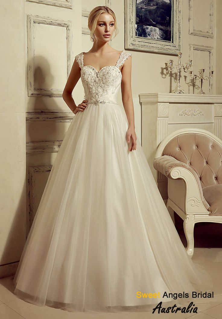 High Quality Cheap A Line Ball Gown Princess Sweetheart Natural Waist Non Strapless Tank Tulle Plus Size Wedding Dress From HeleneBridal Is On Sale At