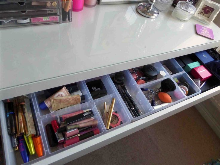 best 25 ikea vanity table ideas on pinterest makeup. Black Bedroom Furniture Sets. Home Design Ideas