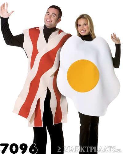 GEBAKKEN Ei met SPEK duo kostuum! 2 x tuniek - Kleding | Heren - Carnavalskleding en Feestkleding