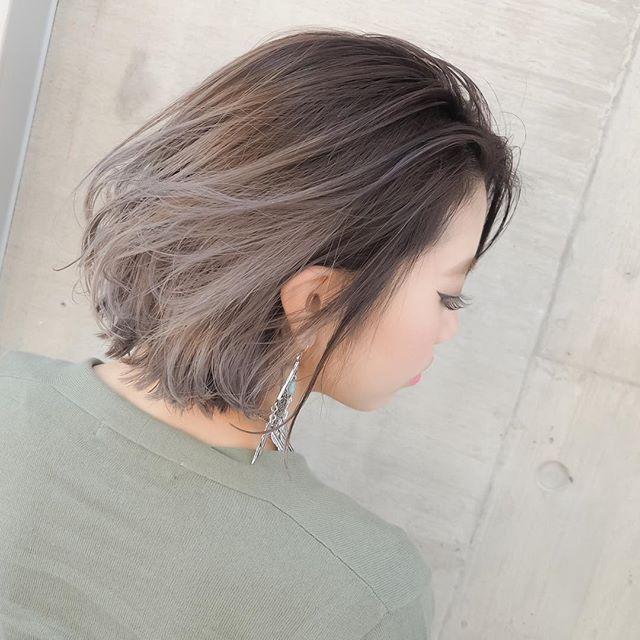 Instagram media shachu_hair - グラデーションカラー✖️ハイライトブリーチ✖️グレージュ⭐️⭐️⭐️ 担当 MORIYOSHI…
