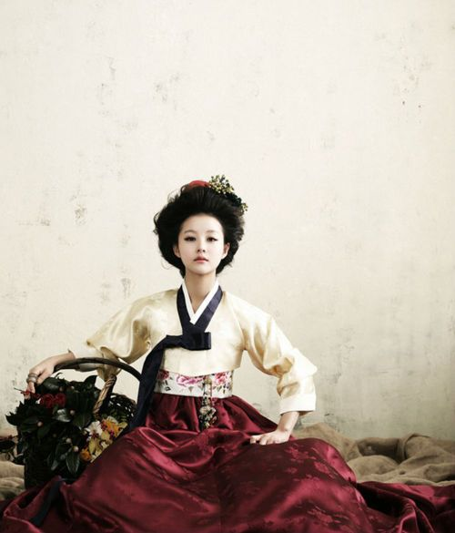 Hanbok (한복) ~ Traditional Korean Dress