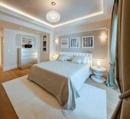 Villa Olivia, una residenza di lusso con vista mozzafiato sull'Egeo e spiaggia privata: Camera da letto in stile in stile Mediterraneo di Studio D73