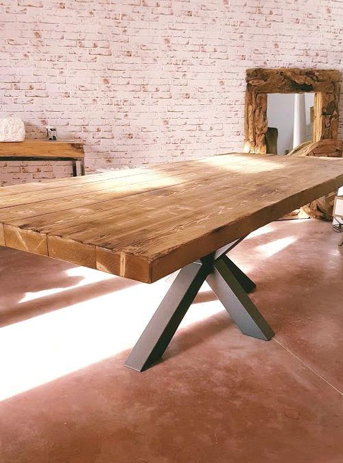 Tavolo in legno stile industriale xlab la fabbrica delle idee, un tavolo da pranzo originale design moderno, 250x100 h75 cm il suo stile vintage adatto ad ambienti moderni.