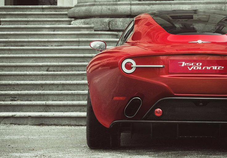 2013-Alfa-Romeo-Disco-Volante-Touring-Rear-Detail-Close-Up.