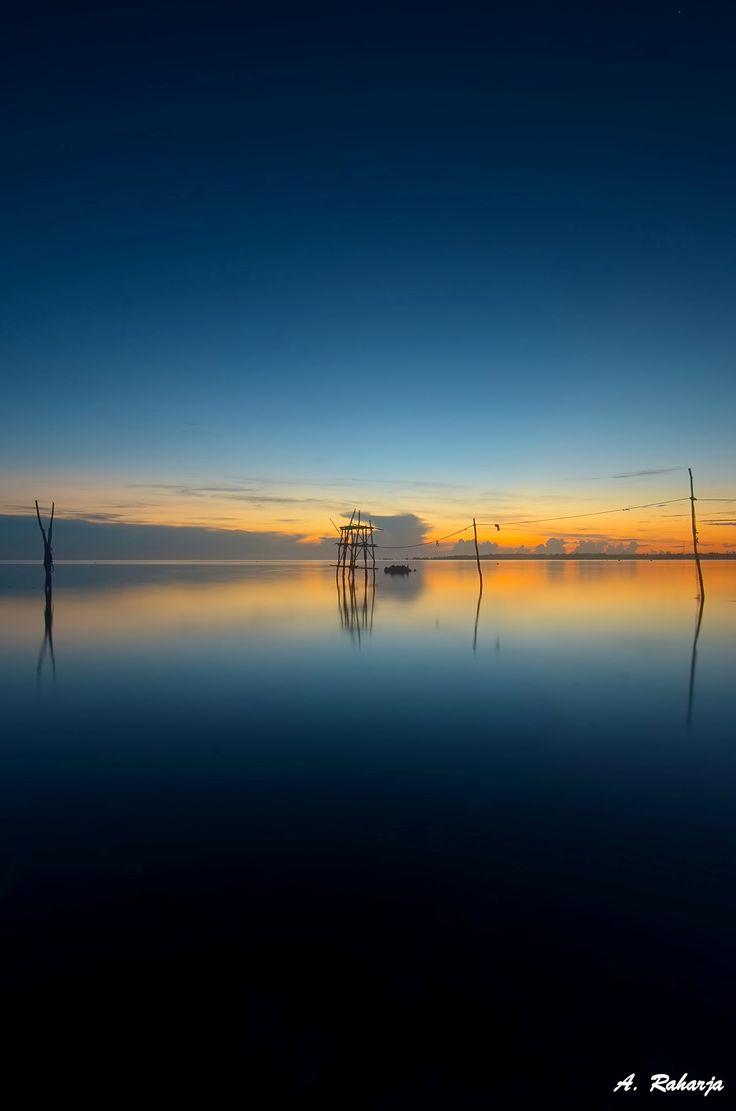 Horizon 2 - Sunrise at Tanjung Kelayang, Belitung Island, Indonesia.