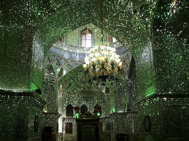 http://japan.digitaldj-network.com/articles/32732.html イランのモスク「シャー・チェラーグ廟 (Shah Cheragh)」 (via. DAVID HOLT)