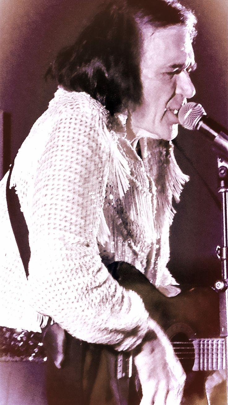 Premier Neil Diamond Tribute Artist Steve Richards