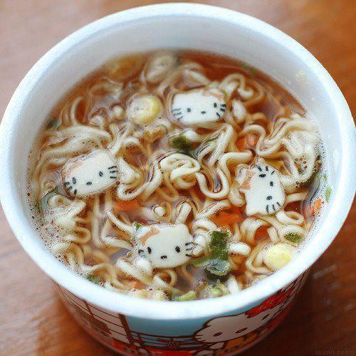 hello kitty noodles !!!