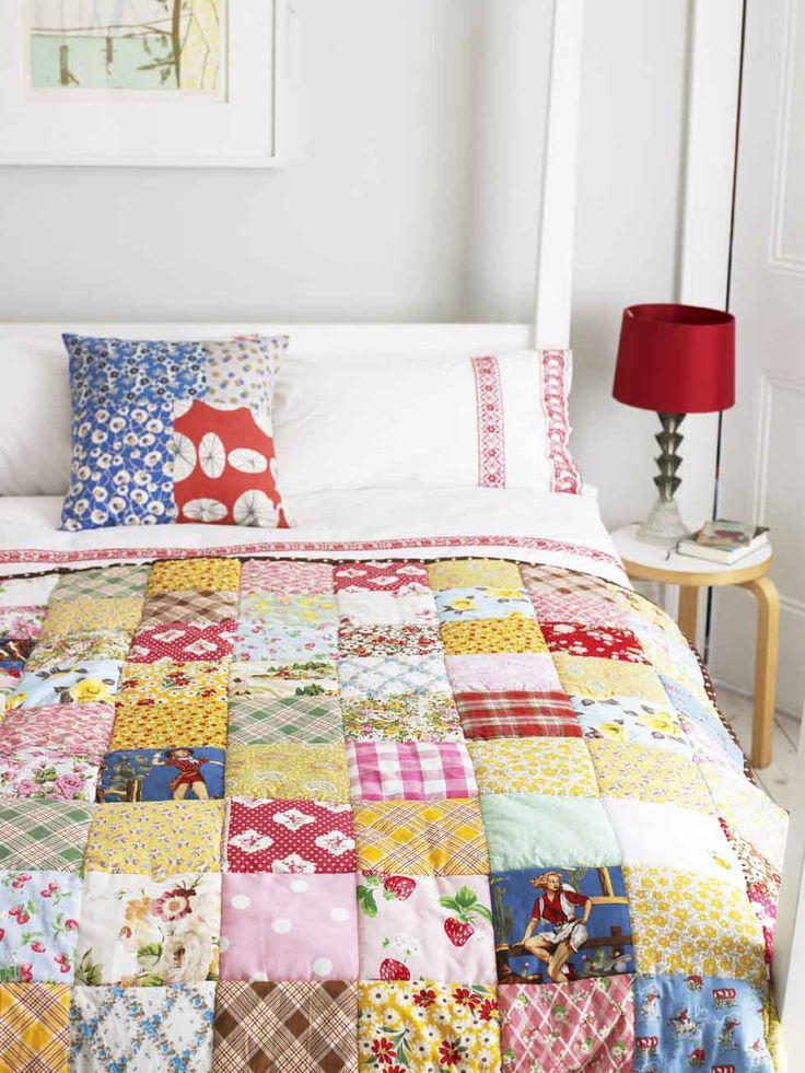 b.e.a.u.t.i.f.u.l .... and this year, I will make my own quilt. Tutorial in MollieMakes