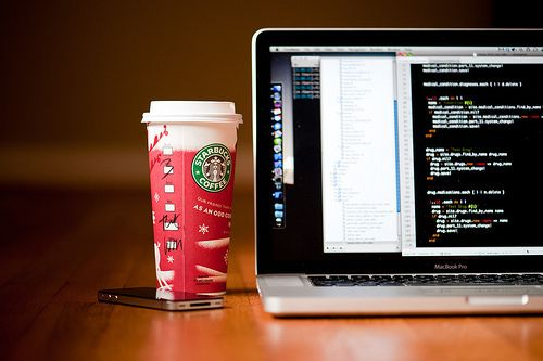 Haha Starbucks + MacBook and Iphone :D