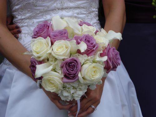 Calla Lily and Roses Bouquet