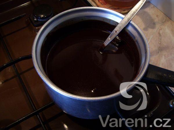 Čokoládová poleva na cukroví a dorty