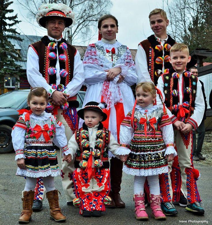 ždiarsky kroj - veľkonočné tradície  foto: Irenine  Prhotoraphy Slovakia
