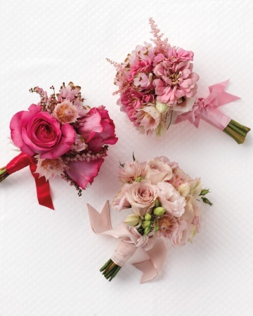 Play Up Your Posies... ideal for bridesmaids' bouquets!