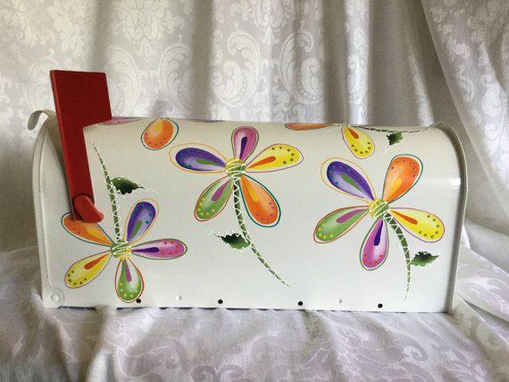 Buzón de pintado a mano de Daisy