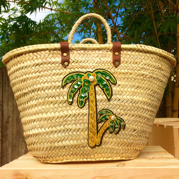 Straw beach bag with sequin patch, embellished beach bag, palm tree straw bag, applique basket-palm trees, Embellished with sequins