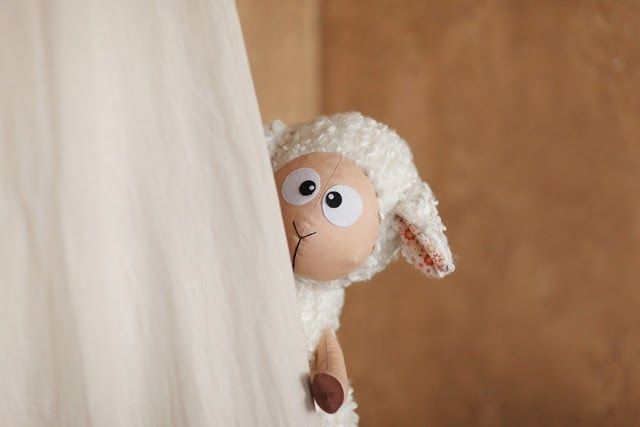 К Новому году готова!    Вообще я не очень люблю овец. В смысле животных. По своему детству, в котором каждое лето проводила в деревне и б...
