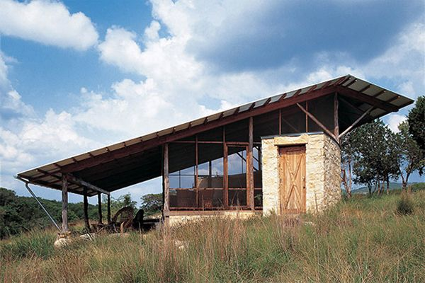 The-Hill-Country-Jacal-by-Lake-Flato-Architects.