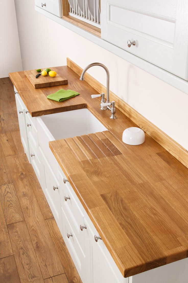 Visit our Harlow worktops showroom in Essex to see some fantastic examples of our solid wood worktops. This Deluxe Prime Oak worktop was fabricated by our team at the Gloucestershire HQ to include a Belfast sink cut-out and drainer grooves. A soft pencil edge profile and matching oak upstand help blend the worktops in to the kitchen. http://www.worktop-express.co.uk/showrooms/essex-worktop-showroom-harlow.html