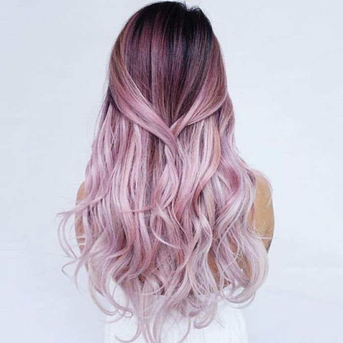 coloration cheveux rose champagne