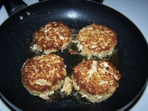 freeze-ahead crab cakes:  i personally fixed these for my family this evening (and am freezing some for a beach vacation), and my husband said these were better than what he could get at the local seafood restaurant.  totally worth it if crab meat is on sale! - EC