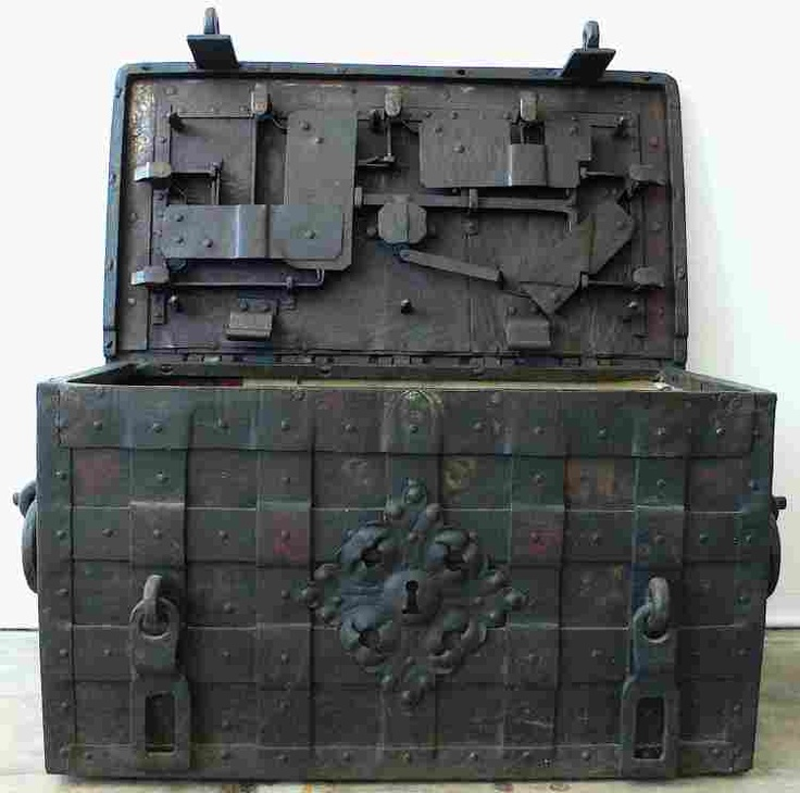 Steampunk Strong Box Steamer Trunk Steamer Trunks And