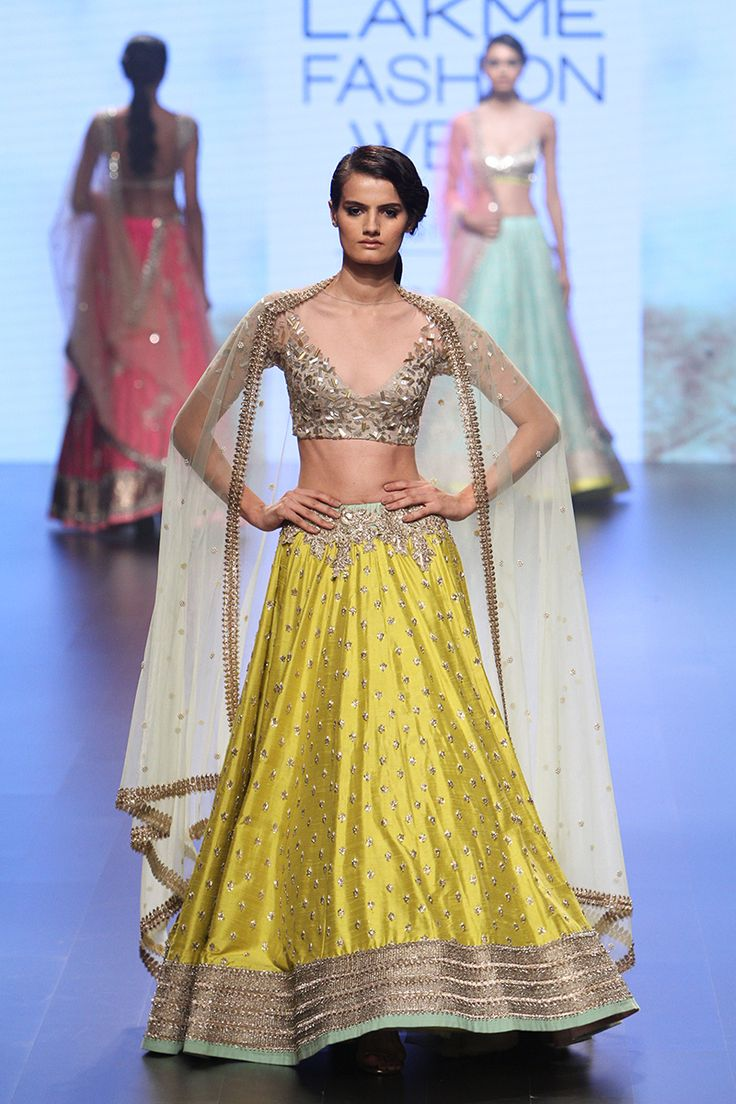 Anushree Reddy | Lakmé Fashion Week winter/festive 2016 #AnushreeReddy #LFWWF2016 #PM