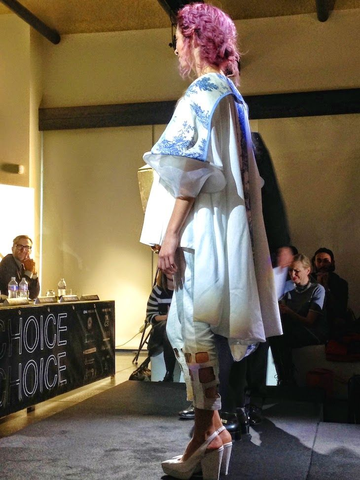 #TX3 Random from Milan, my first catwalk , contest, coming designer  #fashion #romantic #white #catwalk #designers #minimal #sporty #unisex #contest #streetstyle #milan #fashionblogger #fashionblog #dresses #coat #cool #chic