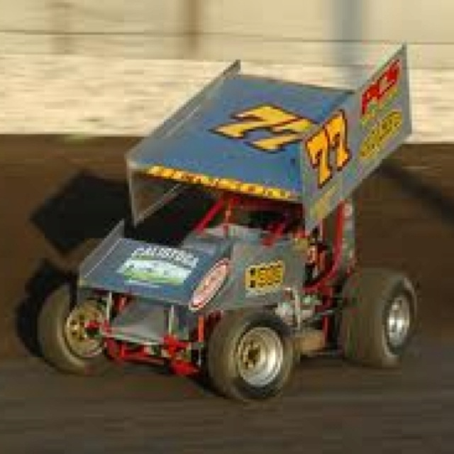 36 best outlaw sprint cars images on pinterest dirt for Dirt track garage