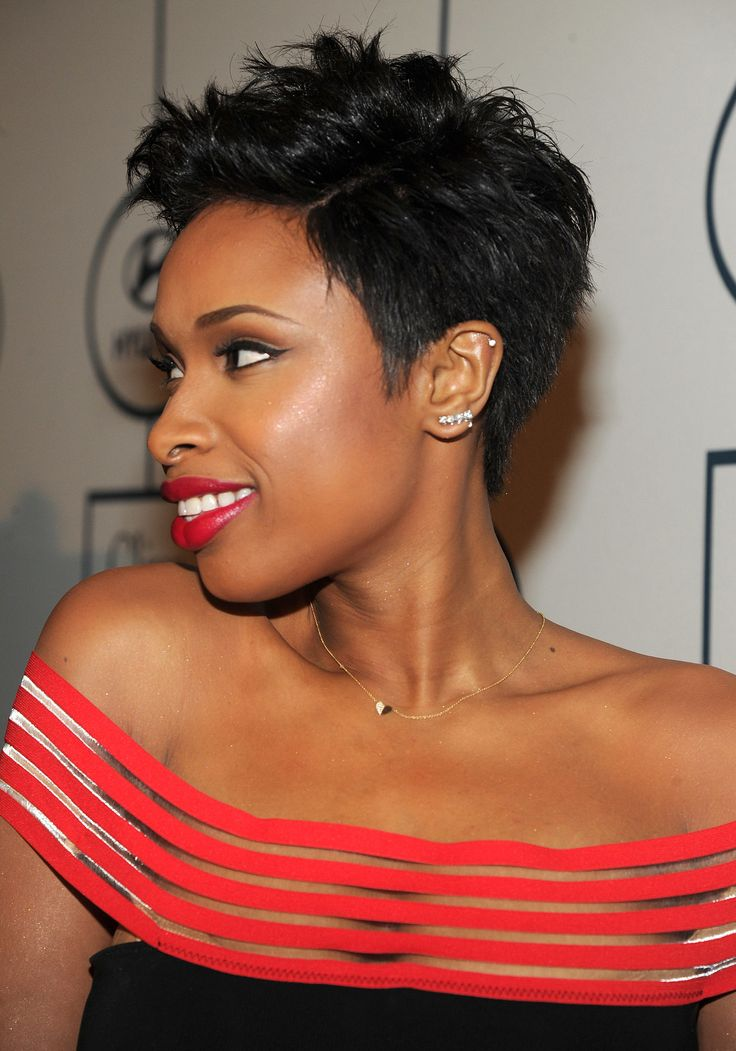 Jennifer Hudson Short hairstyles