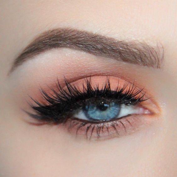 Pfirsich Augen Make-up