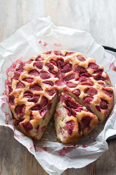 Torta Ricotta e Fragole umida e soffice (Ricetta Facilissima!)