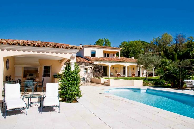 Villas to rent St Tropez Vue de Gassin | Gassin St Tropez Villa Rentals | Holiday Villas in Saint Tropez