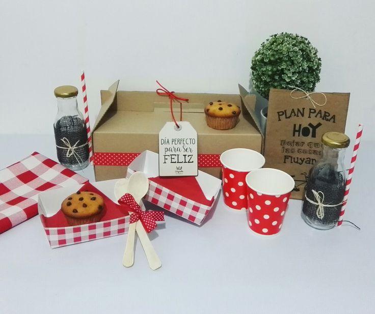 Que tal un día de PICNIC con alguien especial? 😍🍪🍩🍕🍏🍓🌳. #partyshop #picnicbox #picnicparty #happyday #decoration #surprise #picnicideas