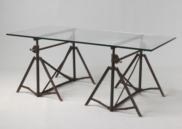 Wow! We can't fault this dining table from Robert Young Antiques